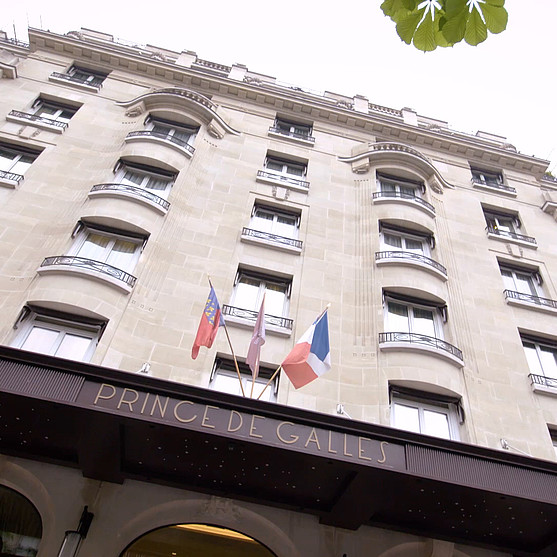 Entrance of the hotel Prince de Galles in Paris